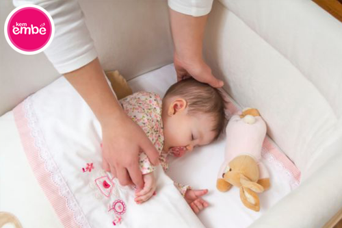 hăm da ở trẻ sơ sinh phải làm sao