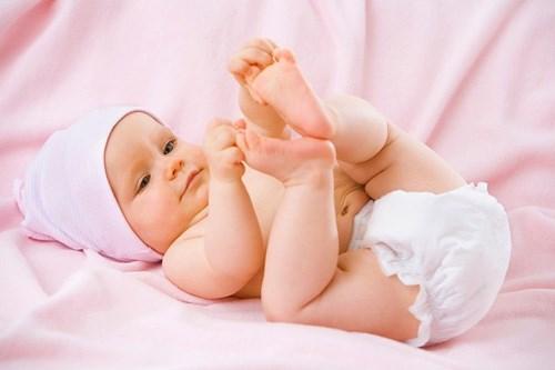 Những sai lầm của người lớn khi trị hăm cho bé