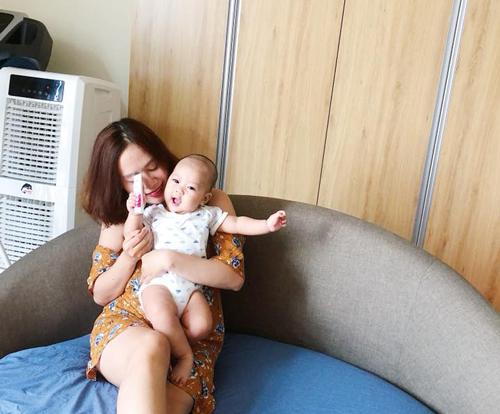 Bé Shin và mẹ Trịnh Như