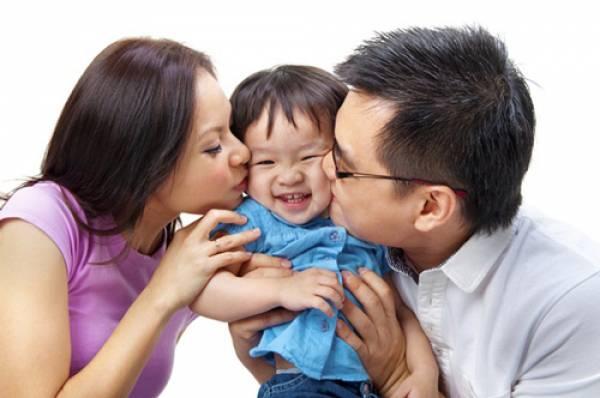 bố mẹ và con