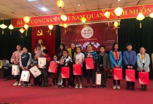 Thêm vị Tết đến với trẻ em kém may mắn tại trường Nguyễn Đình Chiểu