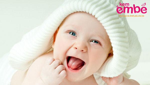 Lựa chọn kem dưỡng phù hợp với da của bé
