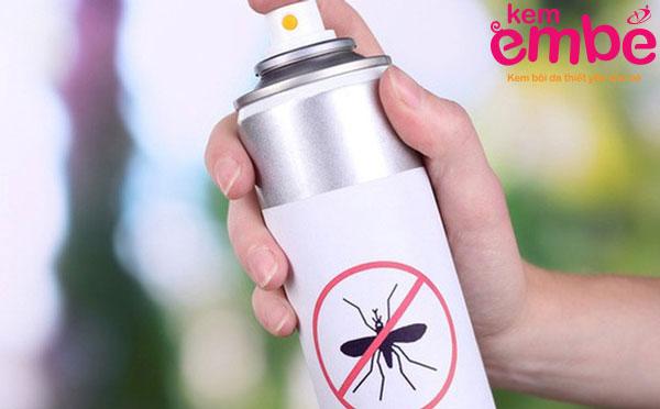 Bình xịt chống côn trùng