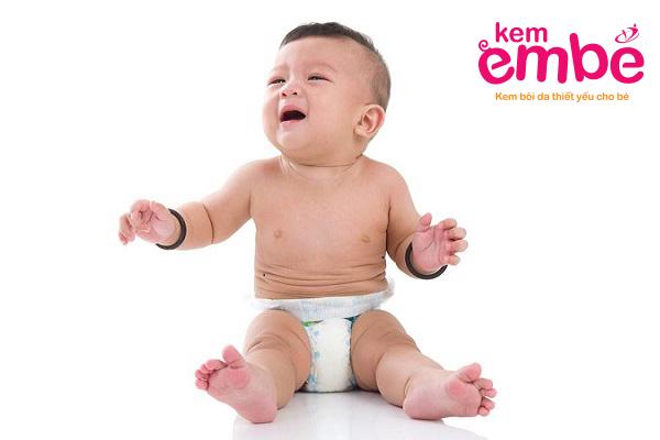 Hăm tã khiến bé quấy khóc