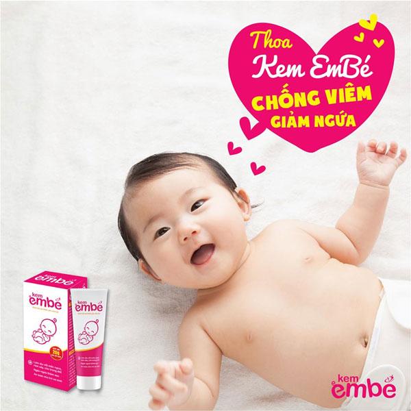Mẹ hãy thoa Kem EmBé ngay khi thấy con bị chàm sữa để chữa lành nhanh chóng