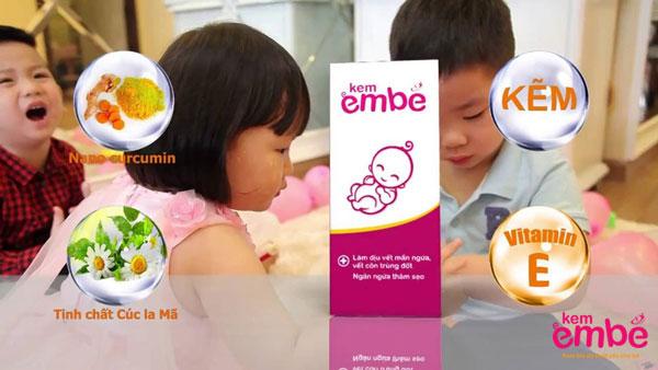 Sử dụng kem bôi trị viêm da ở trẻ sơ sinh