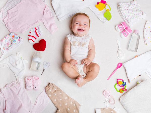 chọn trang phục thoáng mát cho trẻ